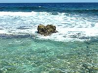 南大東島の本場海岸 - タイミングによっては「ハート岩」も!?