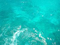 水納島の海の色