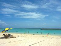 水納ビーチ(沖縄本島離島/水納島のビーチ/砂浜)