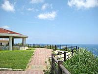 宮古島の比嘉ロードパーク - いわゆる道の駅の展望台