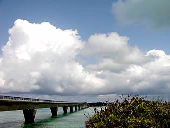 宮古島の池間大橋(宮古島側)