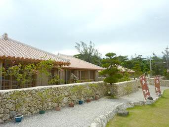 宮古島のかたあきの里そば/だいばん屋(多分閉店)「宿の1棟を食事処として利用しています」