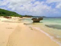 宮古島の真謝海岸 - 奥へ行くとさらにプライベートビーチ