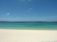 宮古島のパイナガマビーチ - 意外と海は綺麗です