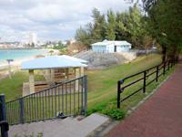 宮古島のパイナガマ公園 - 迷路を抜けるとようやくビーチ到着