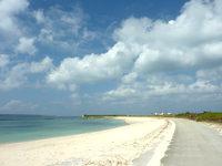 宮古島のトゥリバー海浜公園 - 平良集落側にも人工ビーチ有り