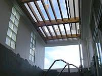 宮古島の宮古島温泉 - 露天風呂の屋根はこんな感じ