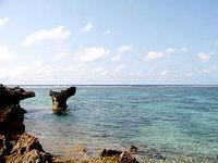 宮古島のシギラビーチ/海岸