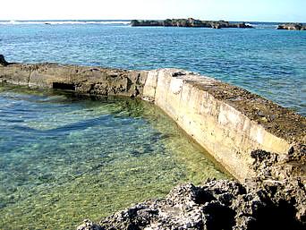 シギラビーチハウス手前の海