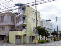 宮古島のはちみつパンの店 Rin/リン - 以前の建物には弁当屋と宿?