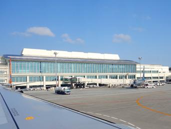 那覇の那覇空港接続ターミナル/LCCターミナル「LCCターミナルが普通に行けるようになります」
