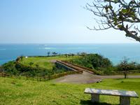 沖縄本島 南部の知念岬公園の写真