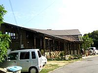 南部のカフェロッジ - 大きな屋根が特徴的