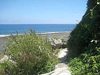 南部の慶座絶壁/ギーザバンタ - 階段の先は散策路になっていますが行き止まり
