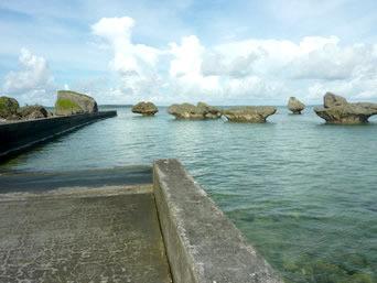 大神島の半周道路終点