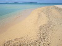大神島の西の砂浜/パマサス/マウケー/カーキヌパー - 珊瑚の殻も多い砂浜