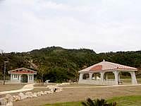 大神島の大神島多目的広場 - 施設はトイレと吾妻屋程度