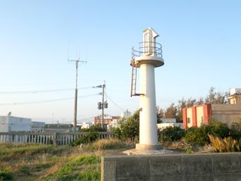 和泊港灯台/導灯