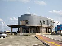 奄美諸島 沖永良部島の和泊港旅客ターミナル/ショップはしぐちの写真