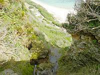 沖永良部島の沖泊の滝の上/貯水池 - 沖泊の滝上は雨のあとはおすすめ