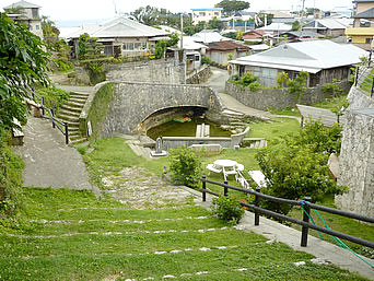 沖永良部島のジッキョヌホー「知名集落の高台側にある意外と広い場所」