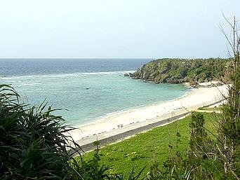 沖永良部島の美瀬浜/岬大明神「国頭崎近くにある綺麗なビーチ」