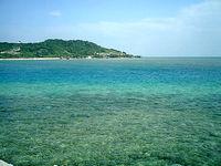 東の海(遠くに新原ビーチ)