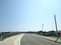 奥武島の奥武橋 - 橋が綺麗になるのは良いけど新しくする必要ある?