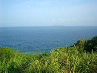 瀬底島南端