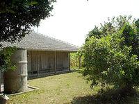 瀬底島の瀬底集落の家
