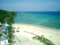 アンチ浜(沖縄本島離島/瀬底島のビーチ/砂浜)
