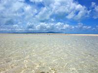 竹富島のコンドイビーチ沖 - 沖に行くまでの浅瀬の色が最高!