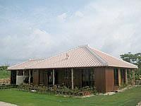 竹富島のカフェ&レストラン ヴィラ別邸 - ヴィラたけとみの流れをつぐデザイン