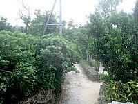 竹富島のクスクムリ/クースクムイ/小城盛 - 集落側の景色はあまり望めない