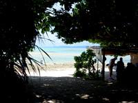 竹富島の星砂の浜 - 星砂はほとんどないので売店で買いましょう!