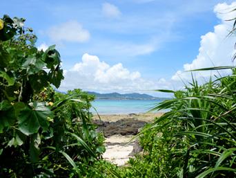 竹富島の竹富北側の海/新里村遺跡