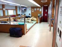 多良間島のフェリーたらまゆう - 座敷席は廊下も土禁!