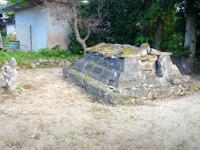 多良間島のウプメーカ/ミャーカ - お墓のようです
