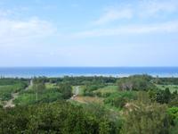 多良間島の八重山遠見台展望台/展望タワー - 北側からは水納島が望める