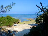 多良間島のパナリの拝所 - ビーチ自体はコンパクトで小さい