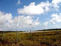 多良間島の旧多良間空港滑走路/可倒式風力発電「たらまる」/メガソーラー/多良間村ヤギ加工施設 - 以前はこんな感じでした