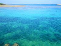 多良間島の朝日の名所/普天間港桟橋 - 透明度抜群で中まで見える