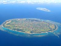 多良間島の水納島 - 多良間島との大きさと位置関係
