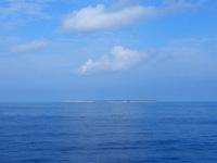 多良間島の水納島 - 船から見るとこんな感じ
