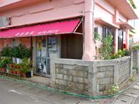 多良間島の安里商店 - 商店と書いてなければお店か否かわかりにくい