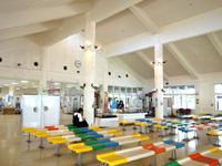 渡嘉敷島のフェリーターミナル - ターミナル内にはお土産売り場も!?
