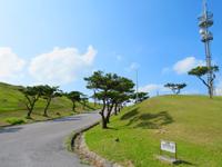 渡嘉敷島の赤間山西展望台 - 展望台としては広々している