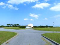 渡嘉敷島の赤間山西展望台 - 座間味島や阿嘉島、無人島まで一望