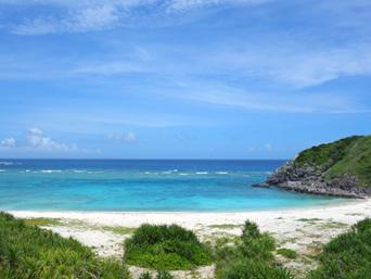 渡嘉敷島の浦の海「中頭の反対側にあるビーチです」