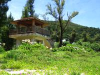 渡嘉敷島の渡嘉志久海岸公園 - 公園はとても整備されています
